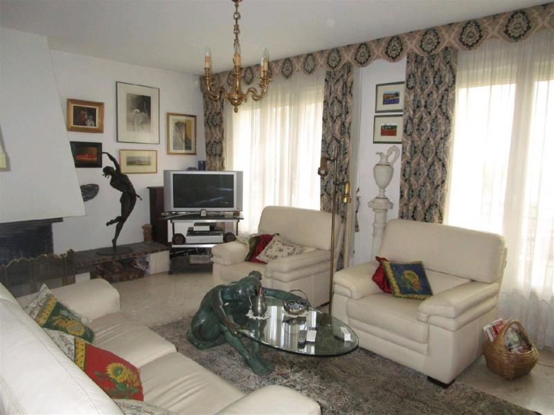 Vente maison / villa Taverny 428000€ - Photo 5