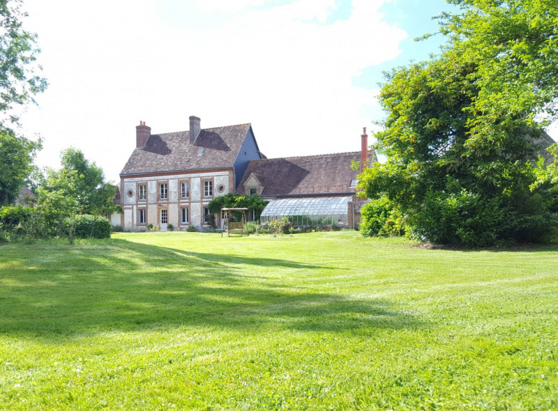 Deluxe sale house / villa Crulai 264 000€ - Picture 1