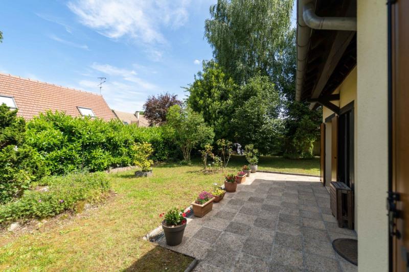 Sale house / villa Mennecy 352000€ - Picture 2