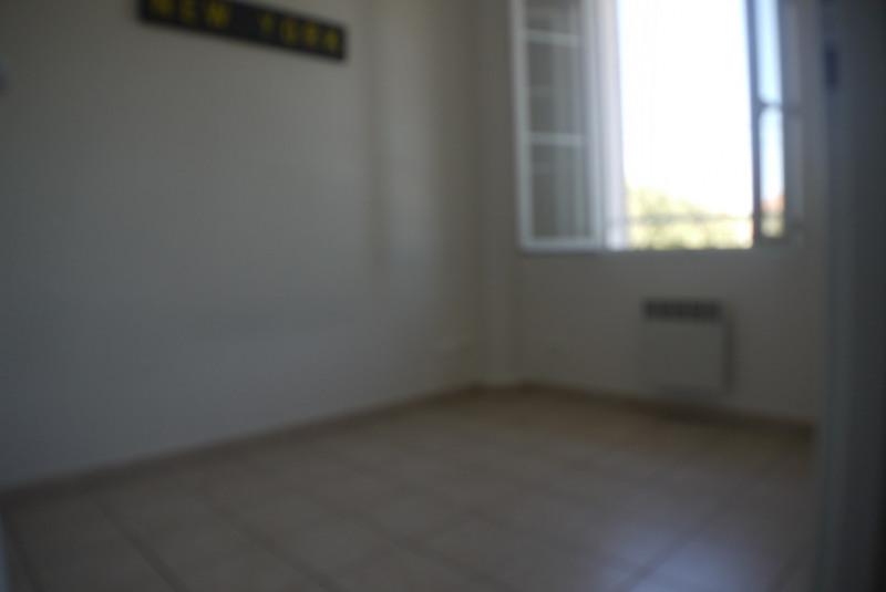 Rental apartment Marseille 9ème 525€ CC - Picture 3