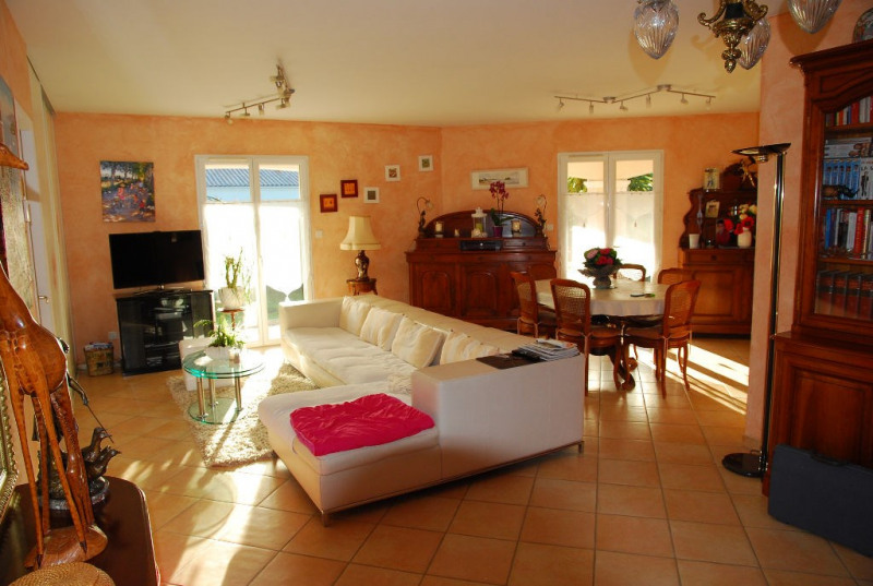 Sale house / villa Les mathes 480000€ - Picture 3