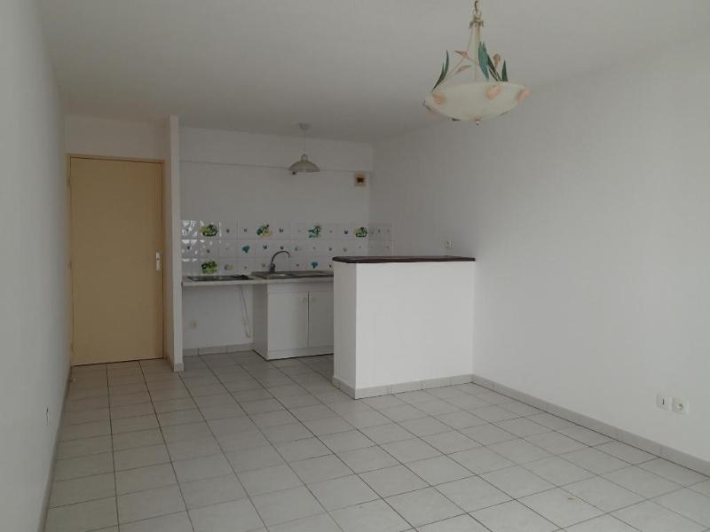 Location appartement Fort de france 618€ CC - Photo 1