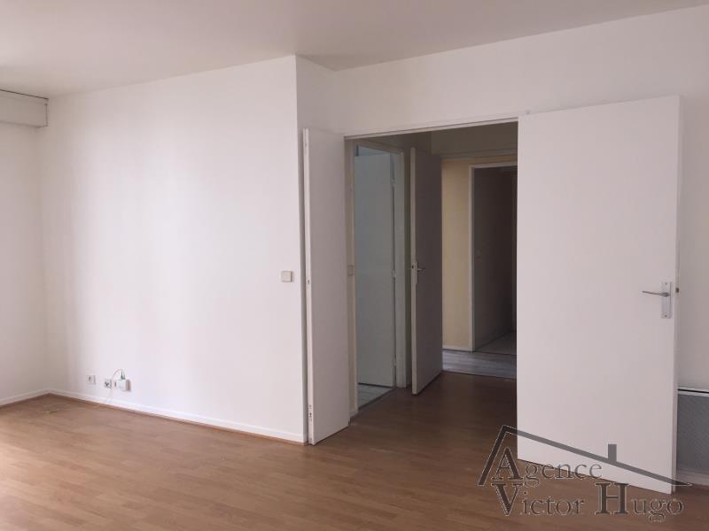 Rental apartment Rueil malmaison 988€ CC - Picture 3