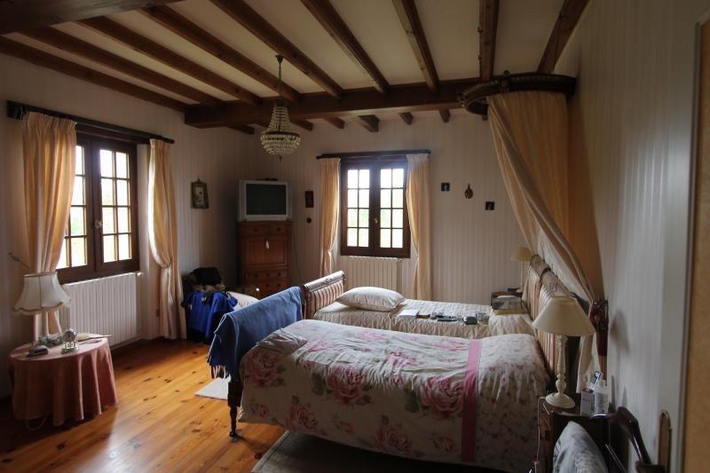 Sale house / villa Lembras 275000€ - Picture 4