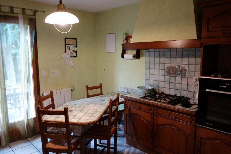 Revenda casa Treves 319000€ - Fotografia 10
