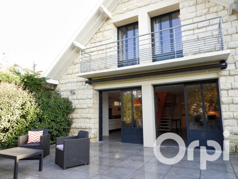 Deluxe sale house / villa Saint palais sur mer 698880€ - Picture 1
