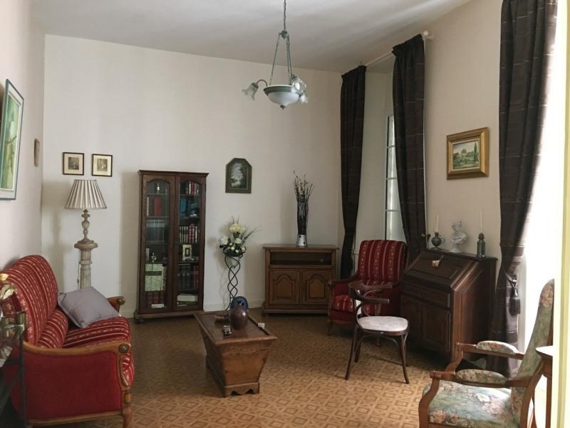 Rental house / villa Barbezieux-saint-hilaire 750€ CC - Picture 3