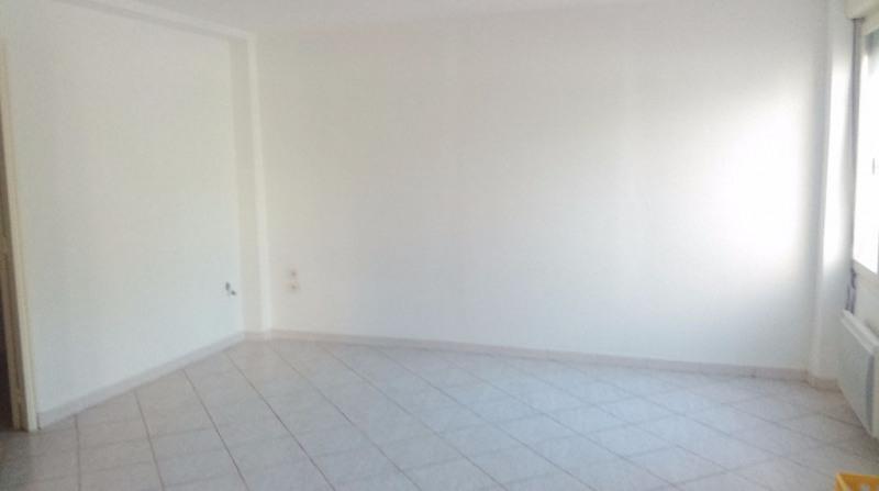Location appartement Bram 410€ CC - Photo 2