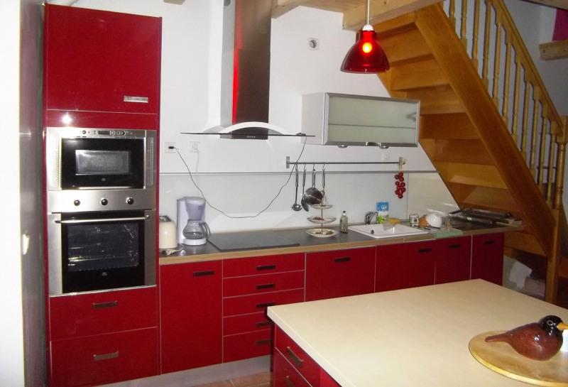 Sale house / villa Velluire 99000€ - Picture 2