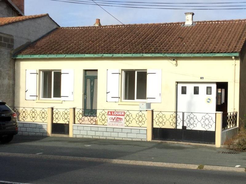 Location maison / villa La ferriere 590€ CC - Photo 1