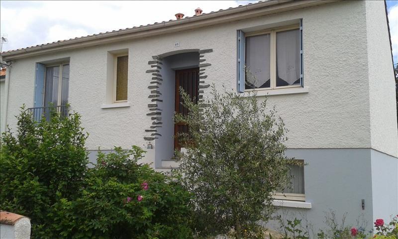 Rental house / villa Aiffres 705€ CC - Picture 1