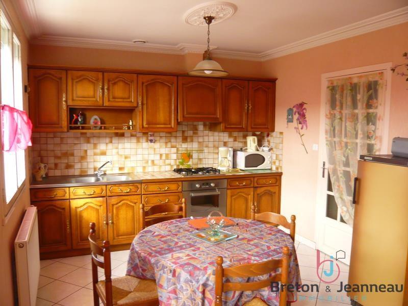 Sale house / villa Change 176800€ - Picture 3