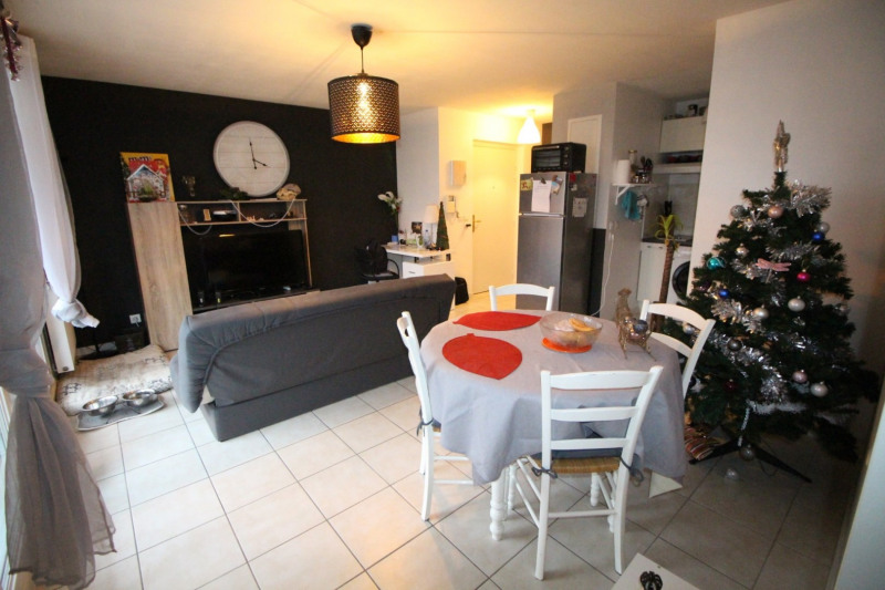 Sale apartment Eybens 558€ - Picture 3