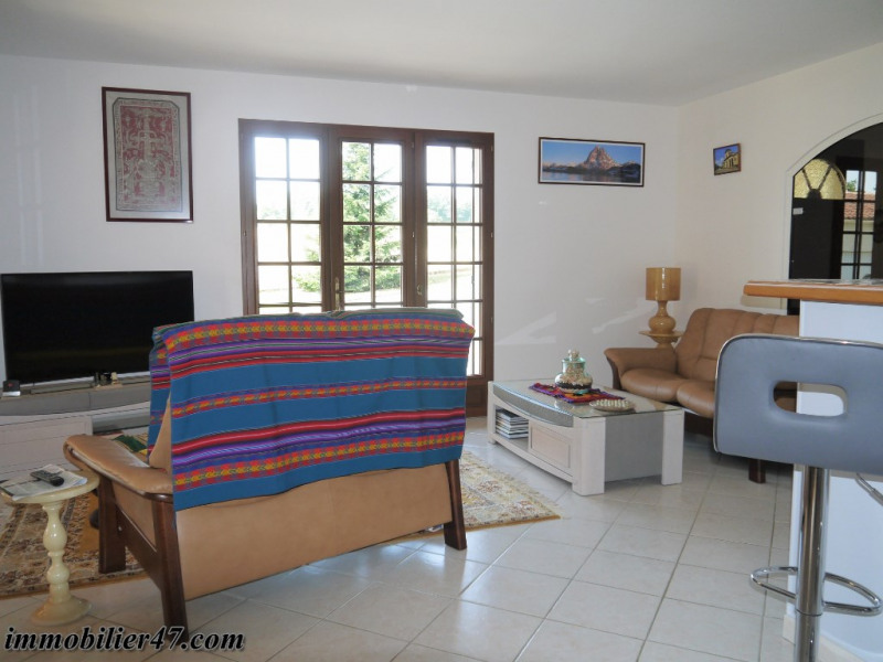 Vente maison / villa Prayssas 265 000€ - Photo 6