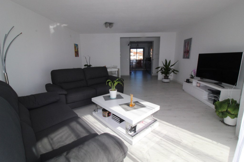 Vente appartement Hyeres 418 000€ - Photo 2