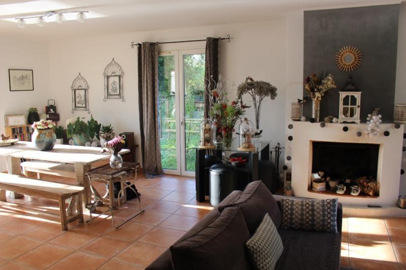 Revenda residencial de prestígio casa Lambesc 580000€ - Fotografia 4