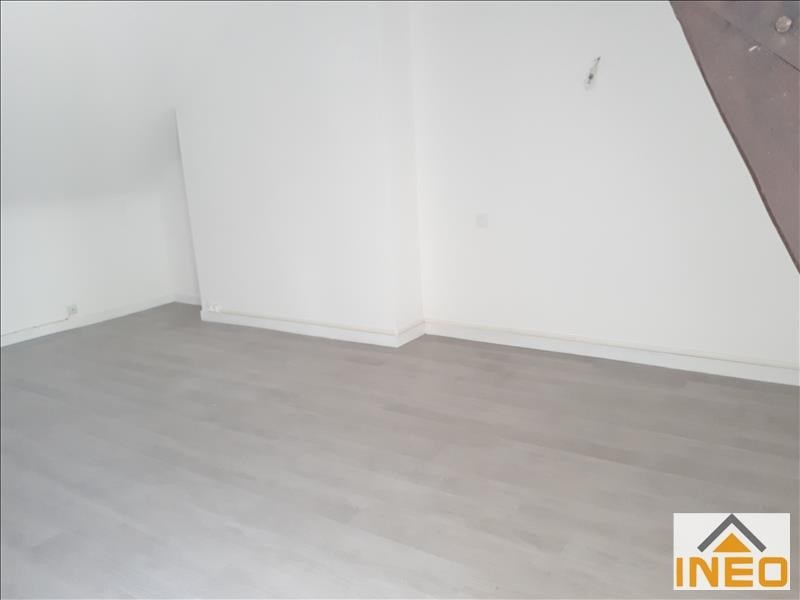 Location maison / villa La meziere 650€ CC - Photo 6