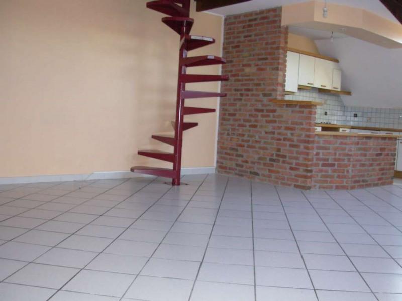 Rental apartment Saint quentin 610€ CC - Picture 4