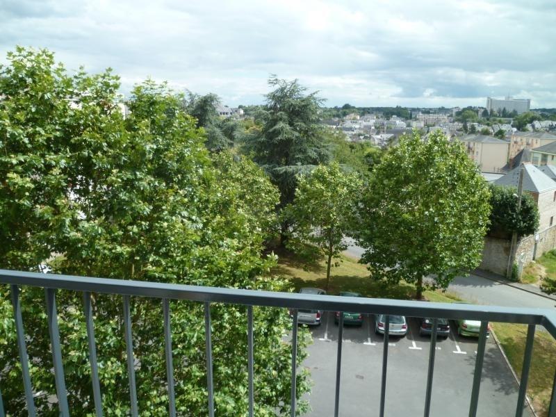 Location appartement Laval 535€ CC - Photo 3