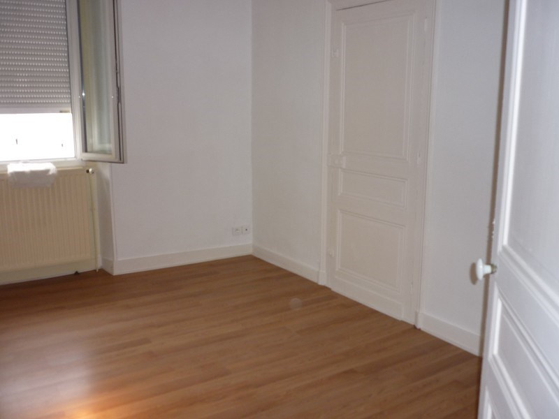 Location appartement Perigueux 323€ CC - Photo 3