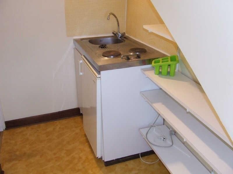Rental apartment Avesnes sur helpe 330€ CC - Picture 2