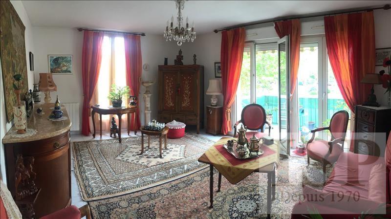 Sale apartment Les milles  - Picture 1