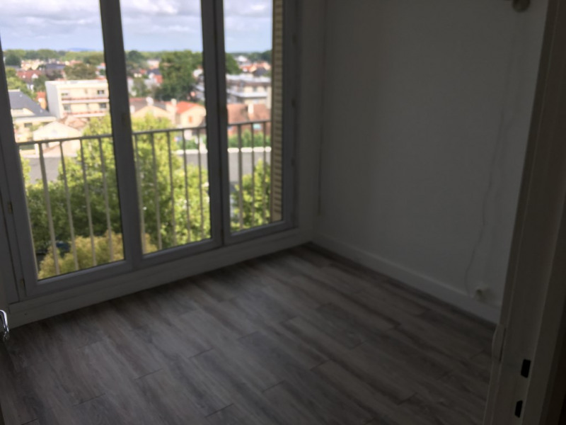 Sale apartment Livry gargan 185 000€ - Picture 6