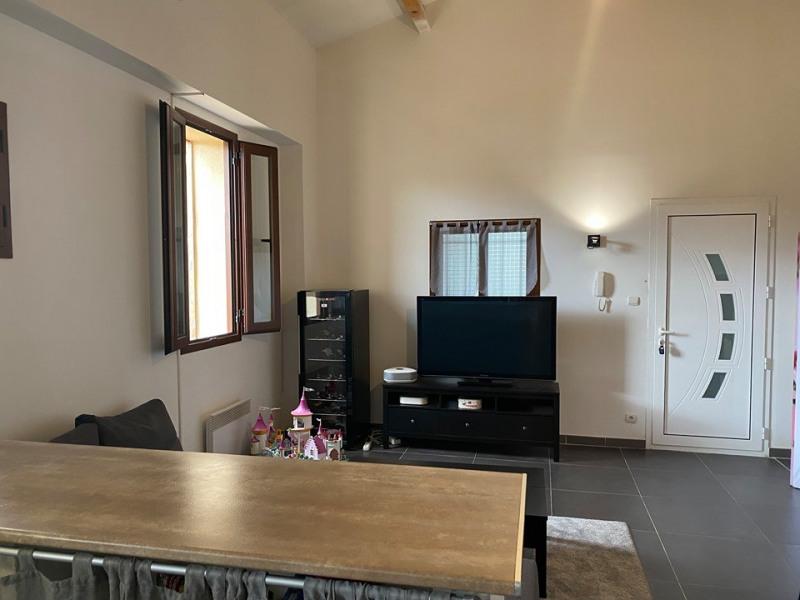Sale apartment Vauvert 119000€ - Picture 2