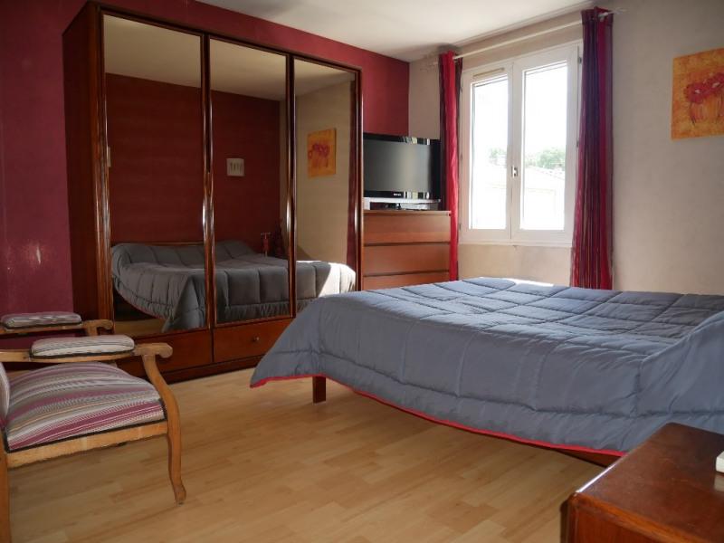 Sale house / villa Poissy 359000€ - Picture 6