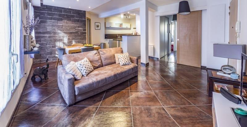 Sale apartment Plaisir 267800€ - Picture 1