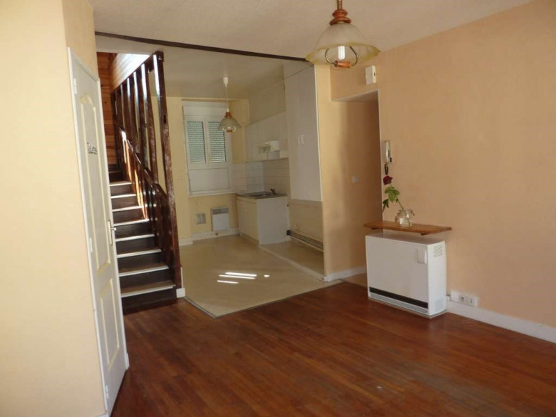 Rental apartment Pontivy 413€ CC - Picture 1