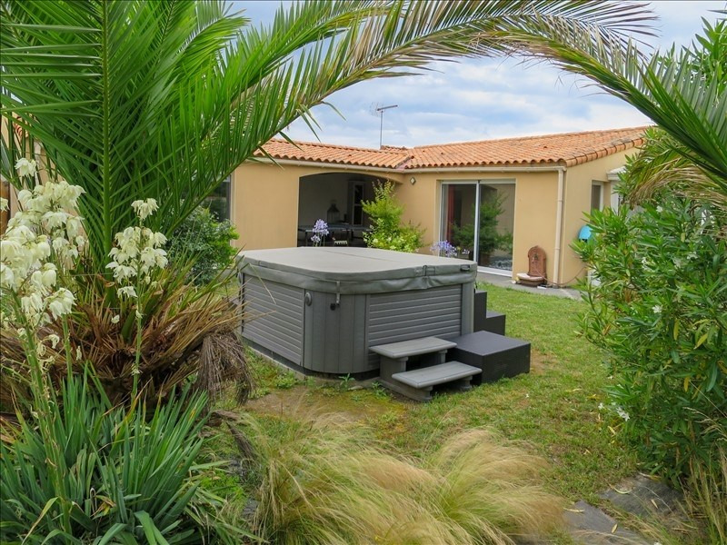 Revenda casa Chateau d olonne 485900€ - Fotografia 2