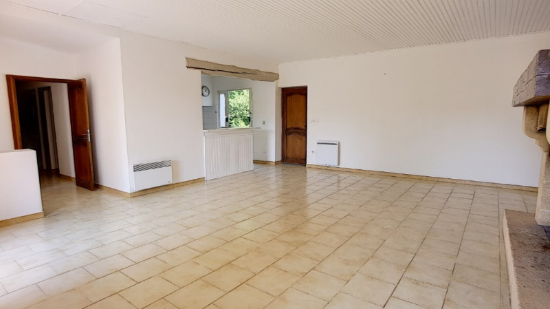 Location maison / villa Aix en provence 1 710€ CC - Photo 3