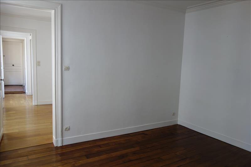 Rental apartment Versailles 885€ CC - Picture 1