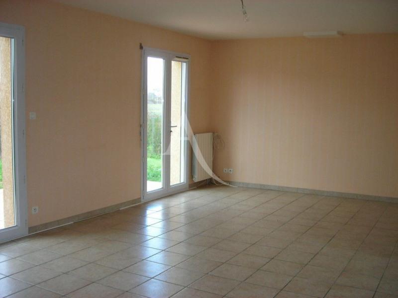 Location maison / villa Leguevin 1106€ CC - Photo 4