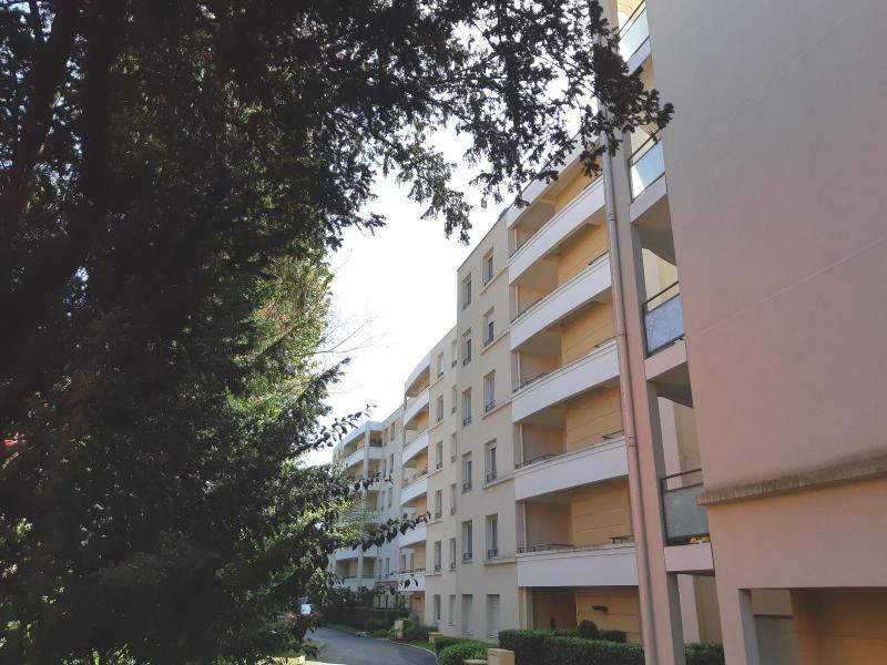 Location appartement Villefranche sur saone 865,08€ CC - Photo 9