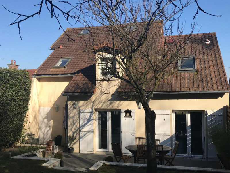 Sale house / villa Medan 588000€ - Picture 13