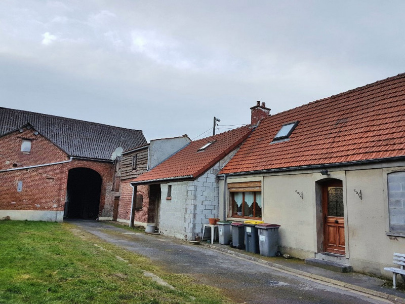 Sale house / villa Cambrai 160000€ - Picture 1