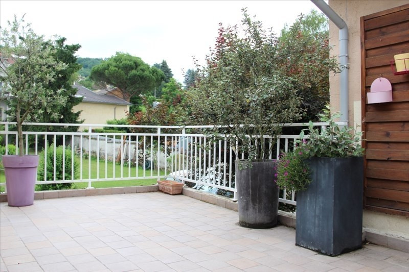 Sale house / villa Bourgoin jallieu 220 000€ - Picture 1