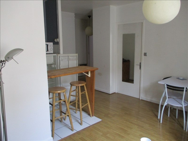 Rental apartment Montelimar 400€ CC - Picture 2