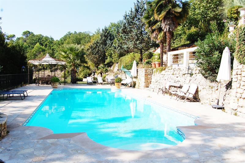 Revenda residencial de prestígio casa Le canton de fayence 895000€ - Fotografia 2