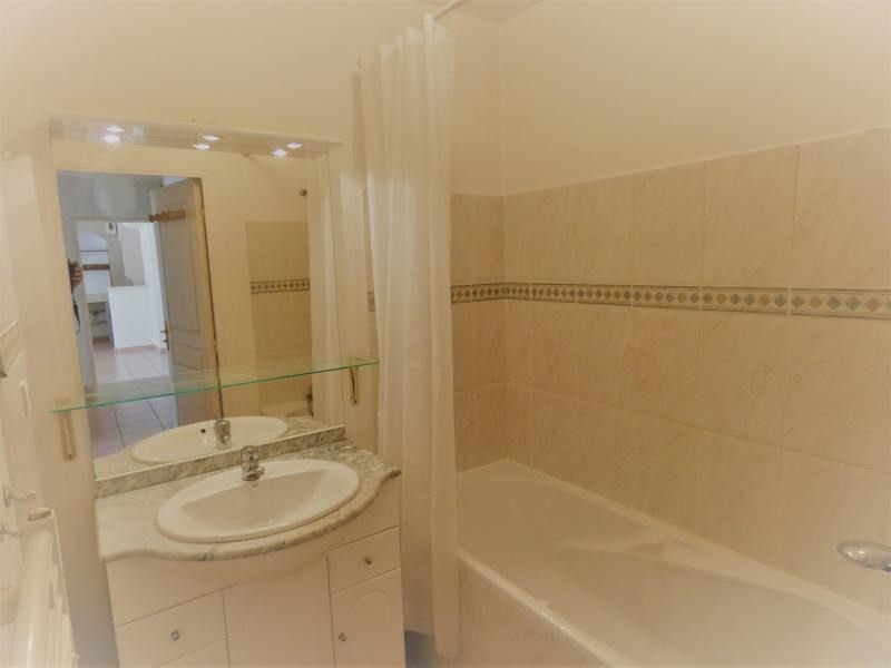 Sale apartment Le beausset 245000€ - Picture 6