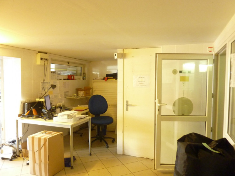Vente local commercial Corbeil essonnes 385000€ - Photo 6