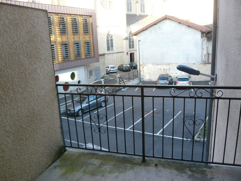 Location appartement Bourgoin jallieu 389€ CC - Photo 4