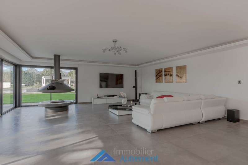 Location maison / villa Gémenos 7 000€ CC - Photo 8