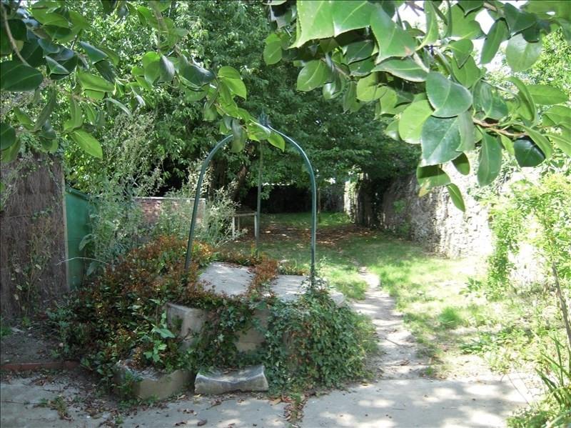 Location maison / villa La roche sur yon 480€ CC - Photo 2
