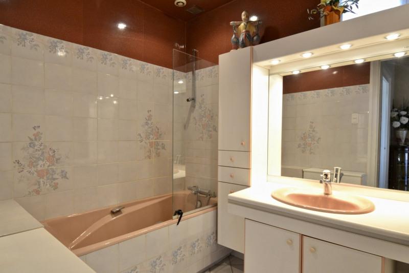 Sale house / villa Saint-étienne 422000€ - Picture 11