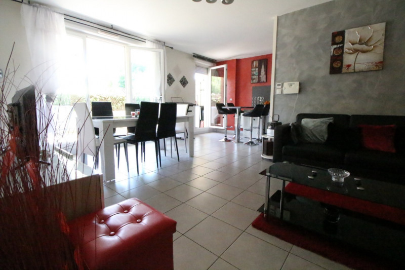 Sale apartment Fontaine 210000€ - Picture 7