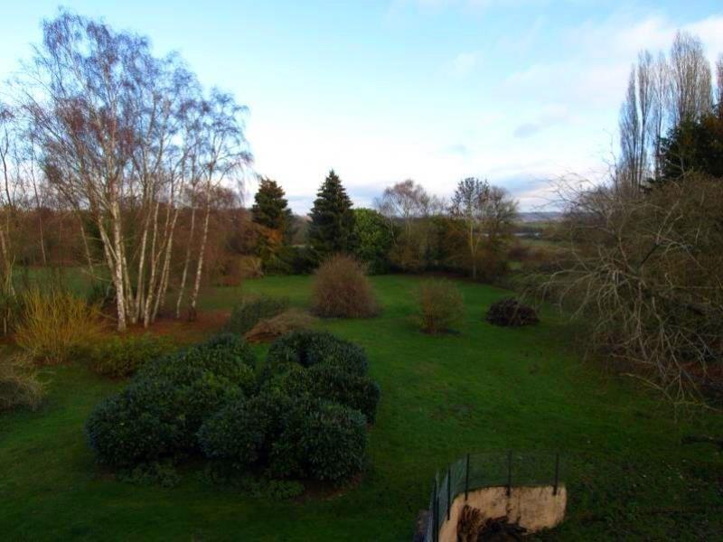 Sale house / villa Montfort l amaury 798000€ - Picture 2