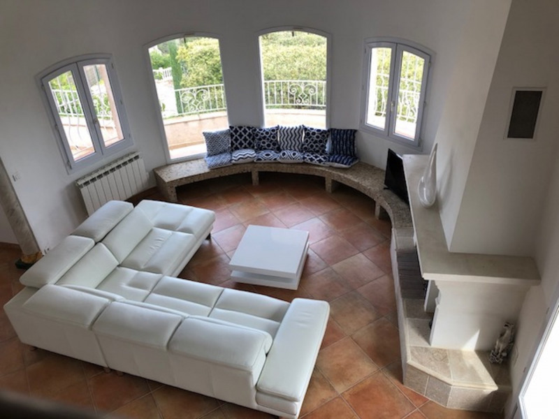 Vacation rental house / villa Les issambres 1 875€ - Picture 12